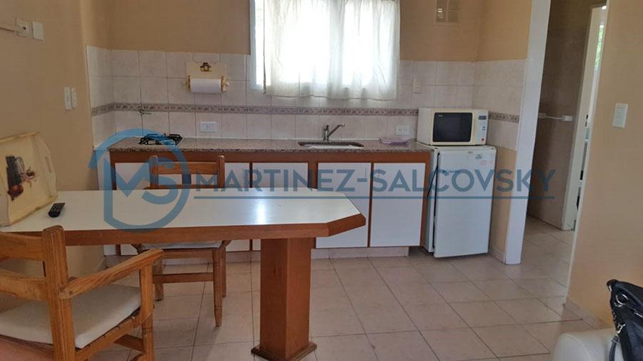 Cocina Venta departamento amoblado 1 dormitorio Puerto Madryn