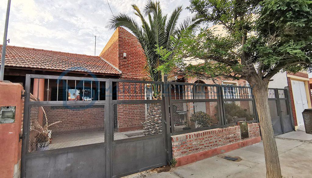 Frente Casa en Venta 3 dormitorios Puerto Madryn